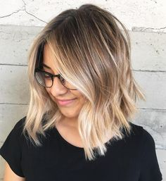 Balayage hair will refresh your look and fix some flaws in the appearance. Find out what balayage highlights will suit your hair length, type and texture. Blond Ombre, Brown Blonde Hair, Ombre Hair Color, Hair Color Balayage, Short Ombre, Ombre Bob Hair, Brunette Hair, Ombré Blond, Fall Blonde