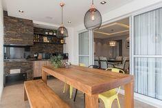 Espaço Gourmet: Saiba O Que é Necessário para Ter o Seu +61 Modelos Outdoor Kitchen Design, New House Plans, Decoration, Future House, My Dream Home, Home And Living, Townhouse, Dining Bench, New Homes