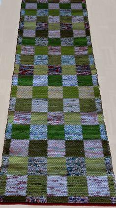 inspir är en blogg om vävning, om att väva mattor, om att väva bruksföremål, om att tänka vävning - vävtankar alltså. Textiles, Woven Rug, Handmade Rugs, Bohemian Rug, Hand Weaving, Carpet, Rag Rugs, Quilts, Blanket