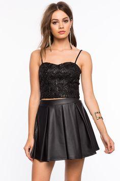 Топ Размеры: S, M, L Цвет: черный Цена: 1421 руб.     #одежда #женщинам #топы #коопт