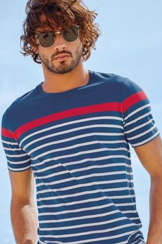 Marlon-Teixeira-Next-Summer-2015-Mens-Beach-Style-Shoot-021