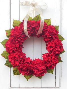 Christmas Wreath, Christmas Door Wreath, Gold Wreath, Berry Wreaths, Red Berry Wreath, Christmas Decor, Elegant Wreath, Holiday Wreath Sometimes...you create a wreath and you just want to keep it for yourself! I love the simplicity and elegance of this wreath...it is so rich,
