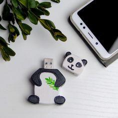 USB flash disk - panda / Zboží prodejce Hravokádo   Fler.cz Panda, Origami, Usb, Design, Origami Paper, Pandas, Origami Art
