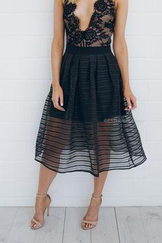 olive skirt - black