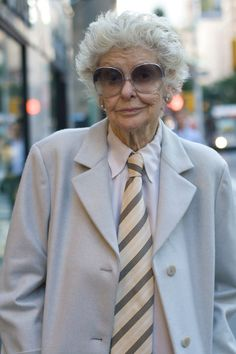 Elaine Stritch,86 year old legend.