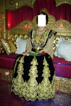"Gandoura ""annabia"", robe traditionnelle de Annaba (Algérie ..."
