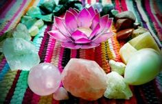 minireikiclinic.com reiki-healing-with-crystals