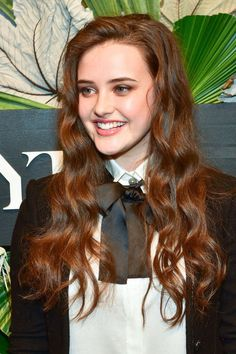 Katherine Langford attends ELLE, E! And IMG Host New York Fashion Week February 2017 Kick-Off Event at 40 Bethune Street on February 2017 in New York City. Beautiful Celebrities, Beautiful Actresses, Beautiful People, Hollywood Heroines, Hollywood Actresses, Stylish Girl Pic, Cute Beauty, Bikini Photos, Woman Crush