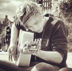 This is such a great picture. I love it and I love him!! @Luke Eshleman Eshleman Hemmings