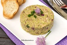 Salmon Burgers, Delicious Food, Healthy Living, Avocado, Food And Drink, Ethnic Recipes, Clay, Lawyer
