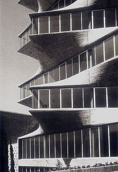 The Pagoda / Miguel Fisac 1968. The Pagoda stood outside of Madrid for 30 years, but was demolished in 1999.