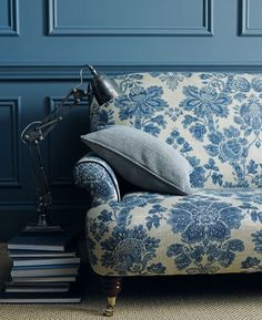 Moody blues. #interiordesign #LinwoodFabric@www.glenwoodinteriors.com