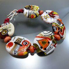 A Beautiful bracelet from one of Germany's finest Bead Artists, Melanie Moertel.