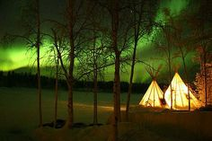There's nothing better than sleeping under the stars--well except sleeping under the northern lights!