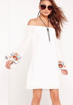 Missguided - Embroidered Sleeve Shift Dress White