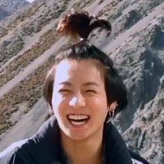 """If anyone needs, here is a thread of BTS captured at peak happiness💜"" Foto Jungkook, Jungkook Lindo, Kookie Bts, Jungkook Oppa, Yoongi, Foto Bts, Taehyung, Bts Bon Voyage, Jungkook Aesthetic"