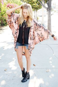Beyond the Basics: Spice Up A Simple Outfit With a Kimono Cardigan