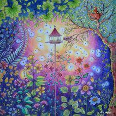 И разворот поближе. #jardimsecreto #johannabasford #secretgarden #enchantedforest #зачарованныйлес #таинственныйсад #джоаннабэсфорд #джоаннабасфорд #арттерапия #раскраска #раскраскидлявзрослых #coloringbook #anelya_art