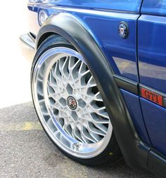 The G60 caliper is an excellent fitment on a VW Golf mk2 all the way to ET40. ET35 works nice on the front of a std arch mk2 GTI with plenty of arch clearance. We wouldn't suggest going any further inboard though as they would be getting really close to the suspension strut. A standard VR6 caliper also works at ET35 - as long as it is on a 4 stud hub.
