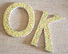 Aprenda a fazer letras para decorar usando caixas de papelão.  #craft #recycle #artesanato #DIY #reciclagem