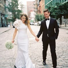 Photo Captured by Trent Bailey via Snippet and Ink - Lover. Tulle Wedding Skirt, Long Wedding Dresses, Wedding Gowns, New York Bride, Gown Photos, Amazing Wedding Dress, Bridal Beauty, Romantic Weddings, Bridal Looks