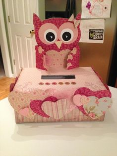 2013 Owl valentine shoebox that I made for Wynnie.