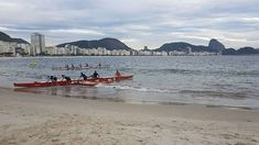Canoa havaiana no Rio de Janeiro. Copacabana - Posto 6 . . . . . .     @esquilosports #canoahavaiana #aguasalgada #canoahavaianacarioca #copacabana #posto6 #riodejaneiro #mar #sea #va'a #waka #wa'a #bibisucos via @planoly #planoly