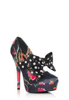 Cute Heel!