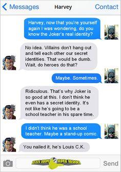 Superhero text Marvel Funny, Marvel Vs, Marvel Dc Comics, Superhero Texts, Superhero Villains, Batman And Superman, Batman Stuff, Comic Book Characters, Comic Books