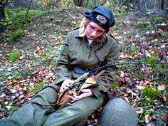 Soldatin bei der DDR NVA   by SchlangenTieger