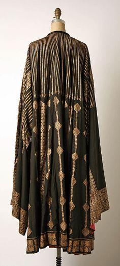 Designer:     Mariano Fortuny (Spanish, Granada 1871–1949 Venice) Date:     1900–1933 Culture:     Italian Medium:     silk, glass