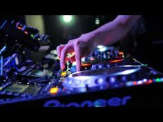 Pioneer DJ -my Favorite Music Mix, Dance Music, New Viral Videos, Serato Dj, Pioneer Dj, Best Dj, Throw A Party, Shows, Electronic Music