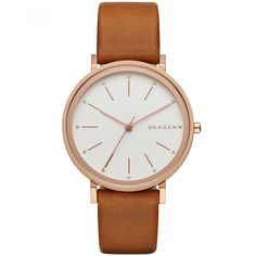 Reloj Skagen con caja y bisel de acero extensible tipo correa en piel color café carátula en tono blanco con manecillas indicadores y nombre de la marca a contraste.