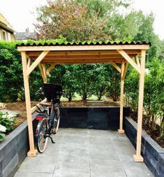 Want to find out about farmhouse sheds? Then here is without doubt the right place! Garden Bike Storage, Outdoor Bike Storage, Bicycle Storage, Small Terrace, Small Pergola, Terrace Garden, Backyard Furniture, Backyard Projects, Farmhouse Sheds