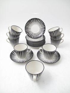 fromscandinaviawithlove: Zebra porcelain by Eugen Trost. Uppsala, Lenotre, Stig Lindberg, Ceramic Design, China Patterns, Vintage Shabby Chic, Porcelain Ceramics, Mid Century Design, Scandinavian Design