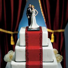 Glamorous Hollywood Couple Wedding Cake Topper. Classic detailing adds glamour to this cake topper. Perfect for the couple who likes to stand out from the crowd.