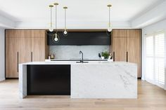 Modern Kitchen Interior Designed by: Darren Genner, Minosa Design Family Kitchen, Home Decor Kitchen, Kitchen Living, New Kitchen, Kitchen Ideas, Kitchen Time, Island Kitchen, Kitchen Pantry, Medium Kitchen