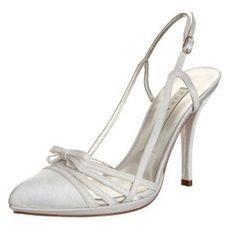 5599f2d6aad 29 meilleures images du tableau Chaussures de mariage