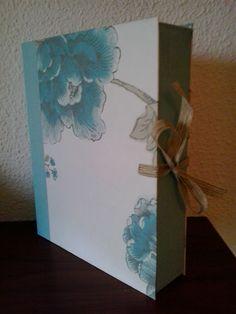 Caja Flores azules by Antaño y Hogaño