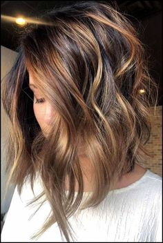 35 Balayage Hair Color Ideas for Brunettes in 2019 35 Balayage Hair Color Ideas for Brunettes in The French hair coloring technique: Balayage. These 35 balayage hair color ideas for brunettes in 2019 allow to achieve a more natural and modern eff…, Ombre Hair Color, Hair Color Balayage, Copper Balayage Brunette, Ombre Bob Hair, Bob Hair Color, Bayalage, Haircolor, Pixie Cut Kurz, Pixie Cuts