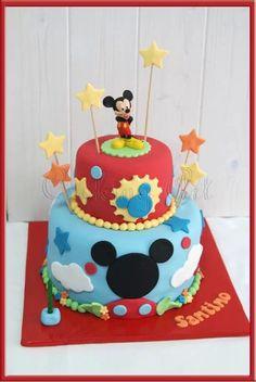 Mickey Mouse House cake. Tarta Casa de Mickey Mouse.