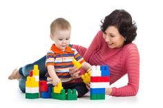 Toddler Talking Points by Sherry Y. Artemenko MA, CCC-SLP-join your toddler and enter into her play, following her lead! Pinned by SOS Inc. Resources http://pinterest.com/sostherapy.