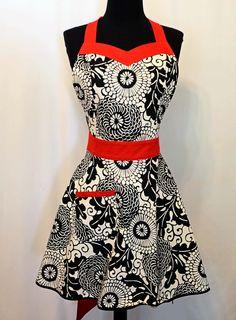 APRON SEWING Pattern PDF Woman's Full Apron Tutorial - Sweetheart Chic Apron  Pattern