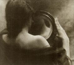 Edward Steichen - The Mirror (1902)