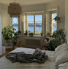 Room Ideas Bedroom, Bedroom Inspo, Bedroom Decor, Bedroom Signs, Bedroom Shelves, Quirky Bedroom, Bedroom Rustic, Bedroom Inspiration, Bed Room