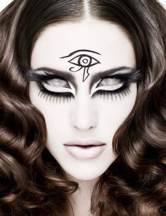 These amazing pictures were created for World Sight Day on October and they are fantastic! She looks lik. Body Makeup, Eye Makeup, Hair Makeup, Ghost Makeup, Makeup Hairstyle, Halloween Make Up, Halloween Face Makeup, Halloween Ideas, Halloween Fashion