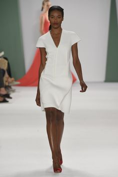 Carolina Herrera RTW Spring 2015 - Slideshow