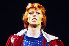 David_Bowie_July_1974-1.jpg