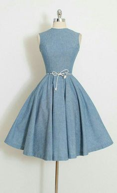 50's dress Robes Vintage, Vintage 1950s Dresses, Vintage Clothing, Women's Clothing, Pretty Outfits, Beautiful Outfits, Pretty Dresses, Denim Dresses, Grad Dresses