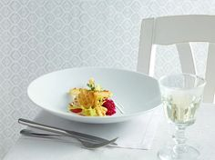 Check the Tantris chinaware collection at www.vpur.eu.
